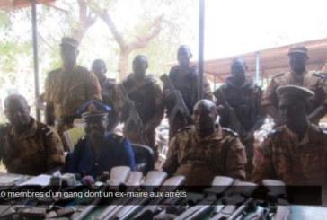 10 membres d'un gang dont un ex-maire aux arrêts
