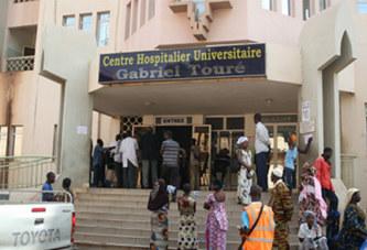 Bamako: De la glace produite dans unechambre froide d'une morgue en vente sur le marché
