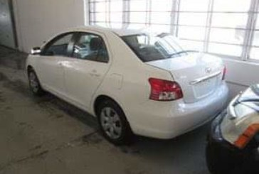 En vente: Toyota Yaris Sedan Année 2007 à5.000.000f CFA