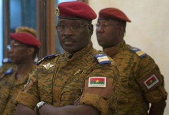 Burkina Faso : En situation de désertion, Yacouba Isaac Zida tente de rebondir à travers ses proches