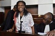 Simone Gbagbo, ce mardi matin au Tribunal : Jeune, belle, et souriante ... avec une perruque