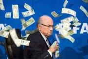 Joseph Blatter dénonce des tirages truqués en Europe !