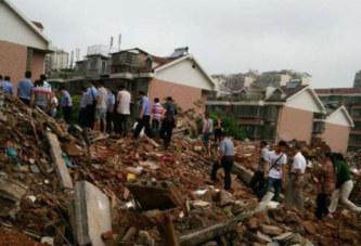 Chine: Une maison démolie de force avec la propriétaire dedans