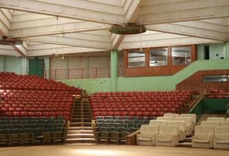 Maison du peuple de Ouagadougou: L'arnaque a duré plusieurs décennies. Il y a exactement 1964 chaises au lieu de 3000