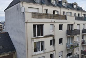 France: Un balcon s'effondre à Angers, quatre morts et quatorze blessés