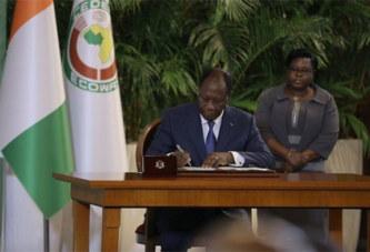 Alassane Ouattara fait naître la IIIe République de Côte d'Ivoire, la nouvelle Constitution promulguée