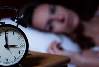 Vous réveillez-vous toutes les nuits à la même heure ? Voici ce que cela signifie !