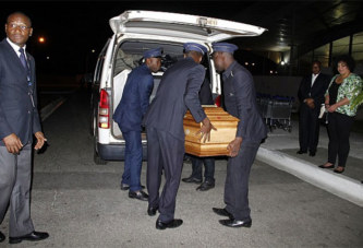 Divo : Un camion percute un corbillard et fait des morts  Facebook