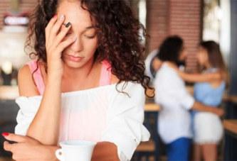 6 signes qui montrent que votre ami(e) veut vous piquer votre femme ou votre homme
