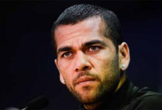 Barça : Dani Alves dénonce l'ingratitude des dirigeants