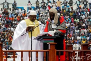 Gambie : Adama Barrow re-prête serment