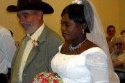 Parce qu'elle voulait divorcer, un français de 66 ans tue sa femme malienne de 36 ans