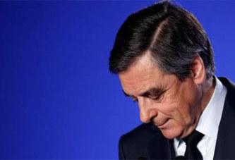 France: François Fillon lâché par son entourage