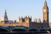 Coups de feu à Londres aux alentours du parlement: 4 personnes décédées, la Première ministre britannique exfiltrée