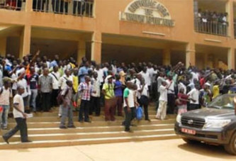 Enseignement supérieur du Burkina: Le colosse ambition aux pieds d'argile de Paul Kaba Thiéba