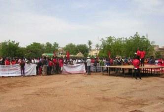 Ouagadougou: des centaines de personnes dénoncent « l'impunité des crimes de sang et économiques »