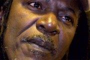 Alpha Blondy appelle Ouattara à retirer la plainte « honteuse » de la Côte-d'Ivoire contre Gbagbo et Blé Goudé