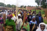Moussodougou: la municipalité veut détruire un verger pour construire une école, la population en colère