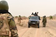 Human Right Watch accuse l'armée malienne et burkinabè de « graves violations » des droits humains (rapport)