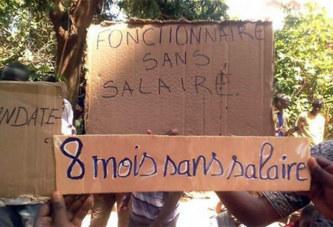 Burkina Faso: 8 mois sans salaire, des enseignants menacent et prennent d'assaut le ministère
