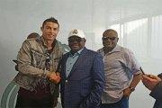 Cristiano Ronaldo et Sergio Ramos en mission au Nigeria…La raison!(photos)