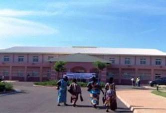 Hôpital Blaise Compaoré : Un président de parti politique tabasse un vigile..