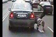 Zimbabwe: Il jette son épouse de la voiture en marche… La raison vous surprendra