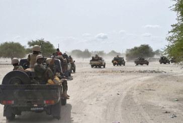 Un chef de village arrêté pour «complicité» dans l'embuscade meurtrière au Niger