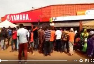 Vidéo: Kaya: Les manifestants réclament la fermeture immédiate de l'alimentation TV5