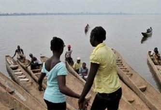 Ghana: Les filles en période de menstruation interdites de traverser une rivière Facebook