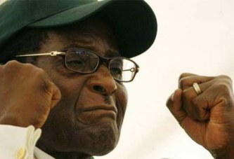 «Mugabe avait peur de finir comme Kadhafi»