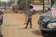 Sécurité routière : Il grille le feu à bord d'un véhicule diplomatique