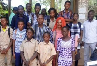 Bourses scolaires: plus de 8000 élèves bénéficiaires