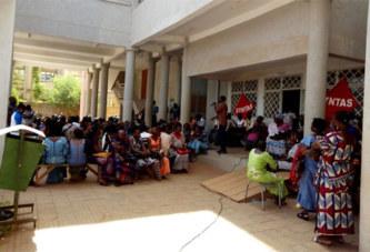 Burkina: Des agents de l'action sociale entament 96 heures de grève