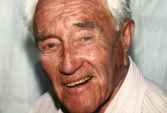 Ayant marre de la vie, le scientifique australien de 104 ans s'est finalement donné la mort en Suisse