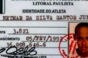 Sur les traces de Neymar, l'enfant qui escaladait les tribunes