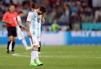 Séisme sur le Mondial: humiliée, l'Argentine est au bord de l'élimination, Messi, tout proche d'être le flop du Mondial