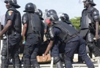 Sénégal: Un policier se tire une balle à la jambe lors d'une manifestation