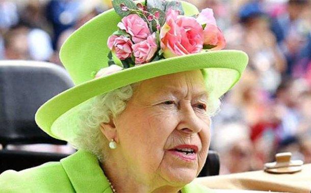 Angleterre: La Reine Elizabeth II scandalisée après de folles rumeurs