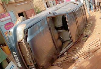 Ouagadougou: Un véhicule suspect en fuite essuie les tires  des douaniers