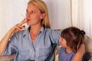 Les enfants qui vivent avec des fumeurs sont plus susceptibles de mourir d'une maladie pulmonaire à l'âge adulte