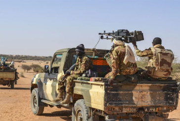 Une vingtaine de civils touareg tués près de la frontière nigérienne au Mali
