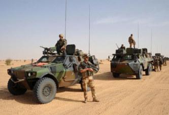 A la frontière entre le Niger et le Mali, l'alliance coupable de l'armée française