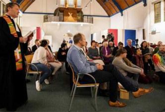 Une messe dure depuis un mois pour empêcher l'expulsion d'une famille