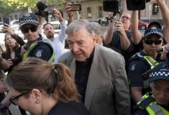 Coupable de pédophilie, le cardinal George Pell est en prison et renvoyé du Vatican