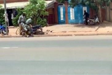 Ouagadougou: Des policiers surpris en train de brutaliser une homme