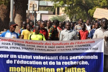 Finalisation de l'année scolaire: la CNSE réadapte son mot d'ordre de boycott