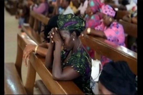 Nigeria: Une femme se déshabille dans une église et urine sur l'autel