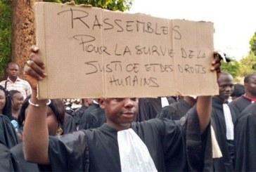 Burkina : les avocats prolongent d'une semaine leur arrêt de travail
