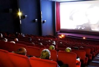 Il meurt au cinéma en regardant un film d'horreur